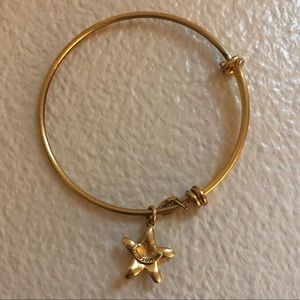Juicy Couture Starfish Bangle Bracelet
